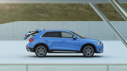 Audi Q3 loading and interior concept