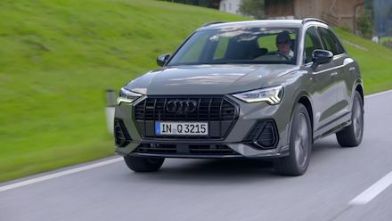 Audi Q3 Footage Chronos grey