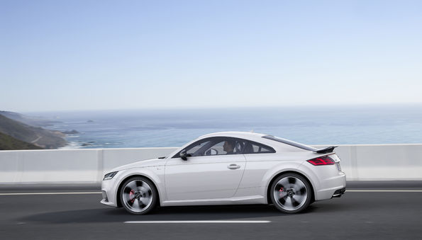 Audi TT Coupé S line competition - 3.